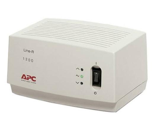 APC Line-R 1200VA feszültségstabilizátor